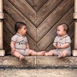 Tvillinger på et trappetrin